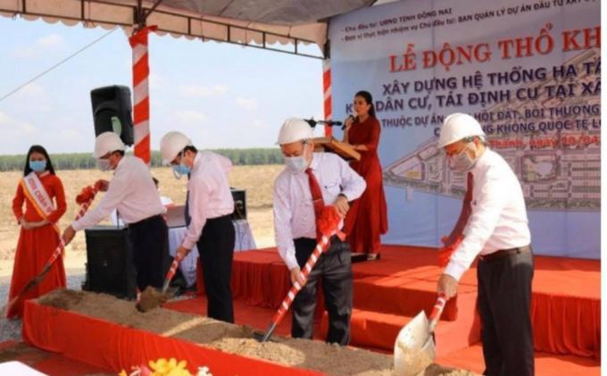 Những lô đất đầu tiên được cắm mốc trong khu tái định cư Sân bay Long Thành
